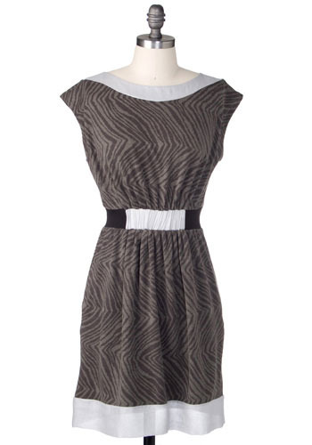 Dizzy Lizzy Dress - Mid-length