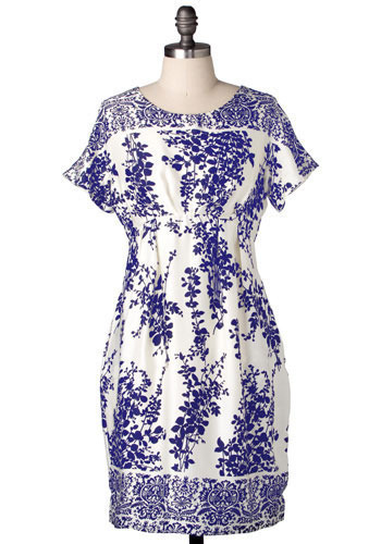 The Forest Dress in Navy - Mid-length