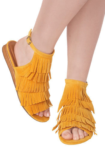 *** Sienna Sandals in Goldenrod