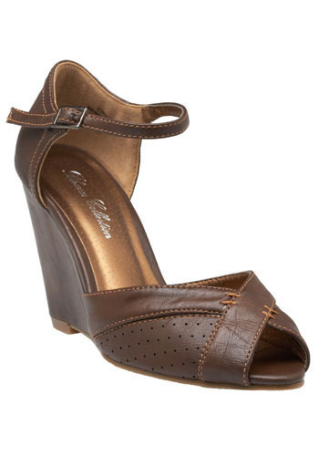 Step Right Up Wedges in Mocha - Wedge
