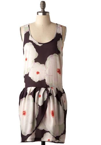 Dreaming of Dahlias Dress - Mid-length