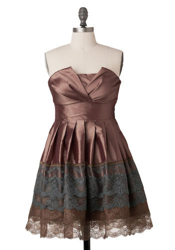 A Trace of Lace Dress in Copper - Short