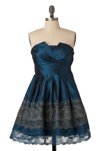 A Trace of Lace Dress in Cobalt - Short