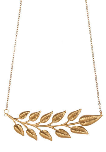 Lovely Laurel Necklace