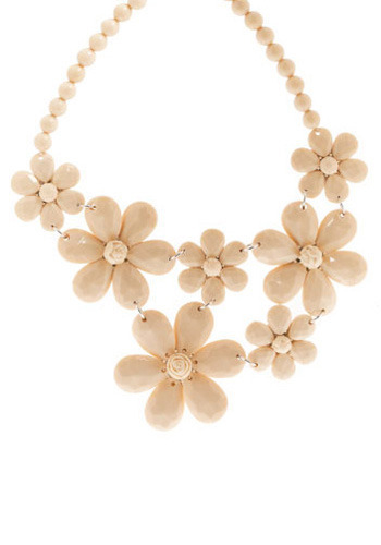 The Antique Mall Necklace - Cream, Casual, Spring, Summer