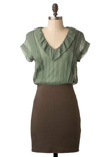 Set the Sage Dress - Mid-length
