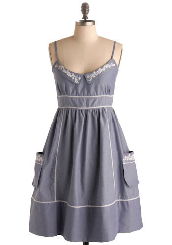 Yodel Lady Dress - Mid-length