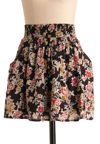 Grow Light Skirt - Short