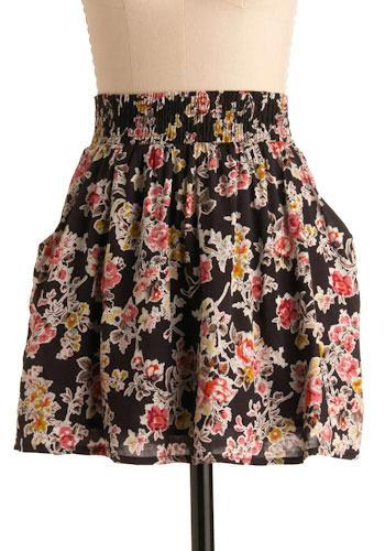 Grow Light Skirt - Short