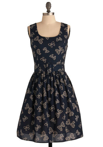 Little Bow Chic Dress - Mid-length