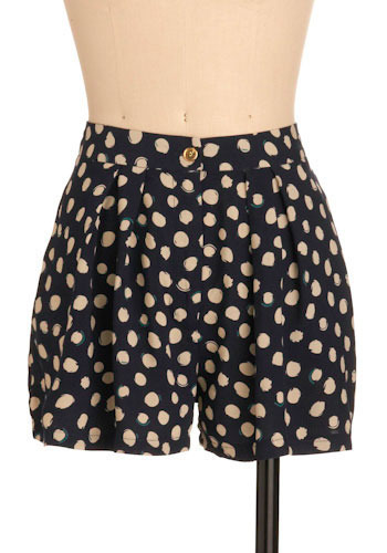 Spotted and Noted Shorts - Short