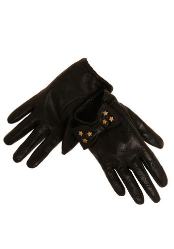 Gaga for These Gloves
