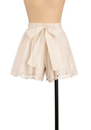 Eyelet Myself Dream Shorts - Mid-length