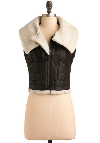 First in Flight Vest - Black, Casual, Sleeveless, Fall, Short, Tan / Cream