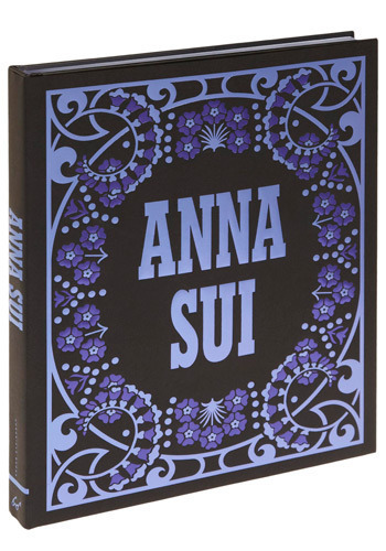 Anna Sui by Chronicle Books