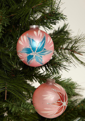 Vintage Winter's Bloom Ornament Set
