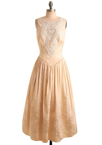 Vintage Looking Apricute Dress