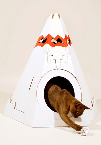 The Purr-fect Place Pet House by Loyal Luxe - White, Red