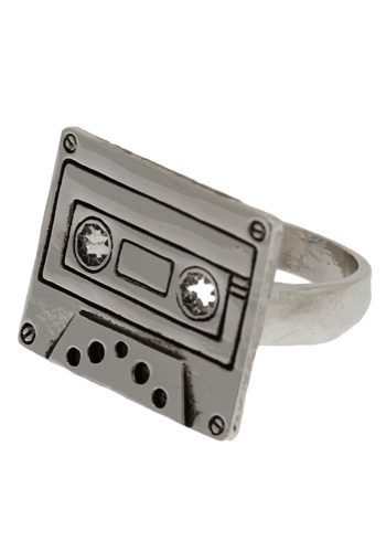 Play It Again Ring - Silver, Party, Casual, Vintage Inspired, 90s