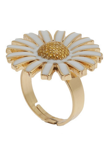 Petal Power Ring - White, Gold, Flower, Casual, Boho, Vintage Inspired, 70s, Statement