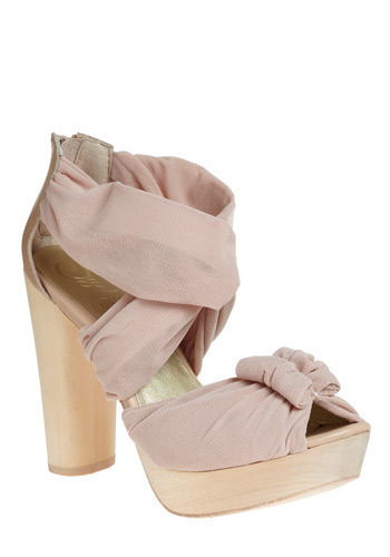 Point of No Return Heel by Seychelles