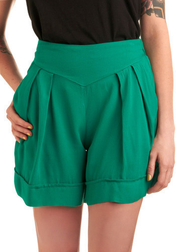 Green Field Day Shorts - Green, Solid, Pleats, Pockets, Casual, Spring, Summer, Mid-length