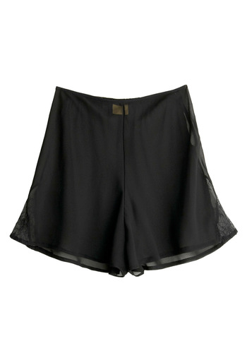 Oh-So-Lovely Shorts - Black, Casual, Vintage Inspired