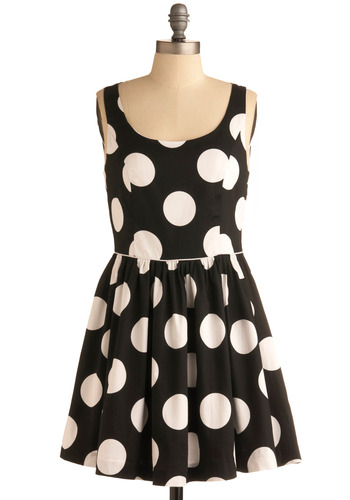 Spot of Serendipity Dress | Mod Retro Vintage Printed Dresses | ModCloth.com :  piping open back scoopneck spotted