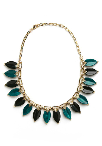 Beyond Be-leaf Necklace | Mod Retro Vintage Necklaces | ModCloth.com :  necklace forest green gems leaf