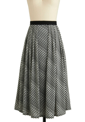 Sample 925 - Black, White, Stripes, Pleats, Casual