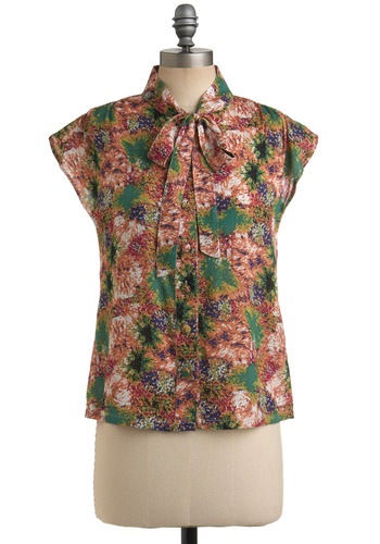 Flora Fireworks Top | Mod Retro Vintage Short Sleeve Shirts | ModCloth.com :  button up shirt tie collar wildflower print