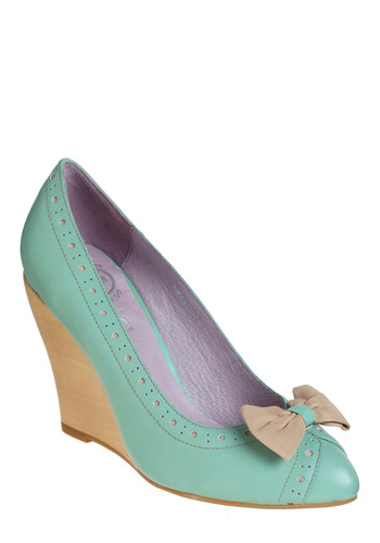 Mind the Mint Wedge | Mod Retro Vintage Wedges | ModCloth.com :  mint wedges seams green