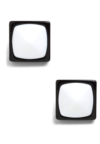A Pair of Squares Earrings