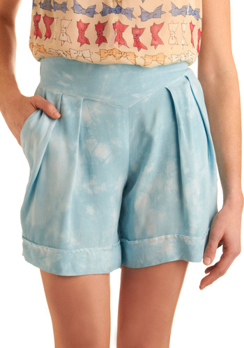 Chance of Clouds Shorts - Blue, White, Pleats, Casual, Spring, Summer, Mid-length