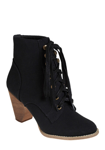 Street Safari Ankle Boot in Night - Black, Solid, Casual, Urban