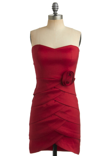 Eye-Catching Elegance Dress - Red, Solid, Flower, Tiered, Party, Sheath / Shift, Strapless, Mid-length