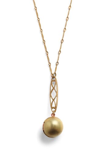 Sphere of Influence Necklace | Mod Retro Vintage Necklaces | ModCloth.com