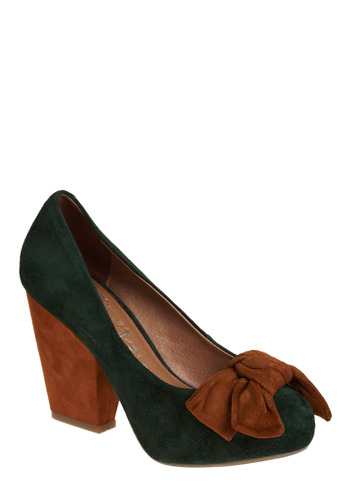 Forest Pump | Mod Retro Vintage Heels | ModCloth.com :  rounded toe retro tawny chunky heel