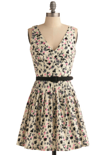 Leaf-lets Dress | Mod Retro Vintage Printed Dresses | ModCloth.com :  party frock hot pink belt v neck