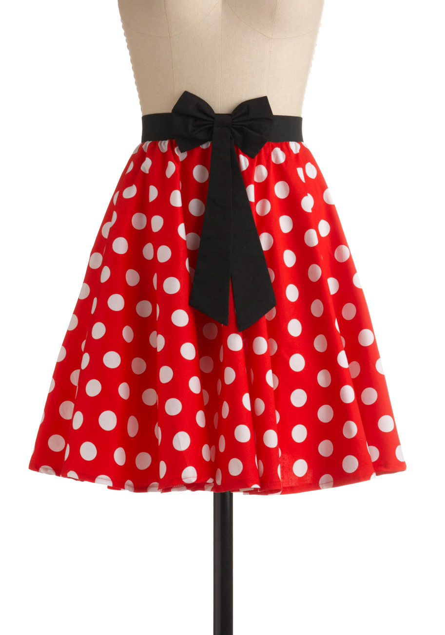 red skirt with polka dots | Gommap Blog