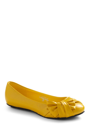 Right on Track Flat - Yellow, Solid, Bows, Party, Casual