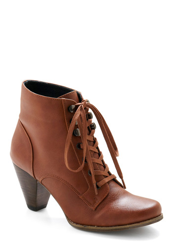 Touch of Folklore Bootie - Brown, Solid, Casual, Vintage Inspired, Fall, Winter
