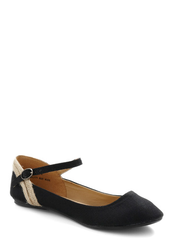 All Tide Up Flat in Marina - Black, Tan / Cream, Solid, Braided, Nautical