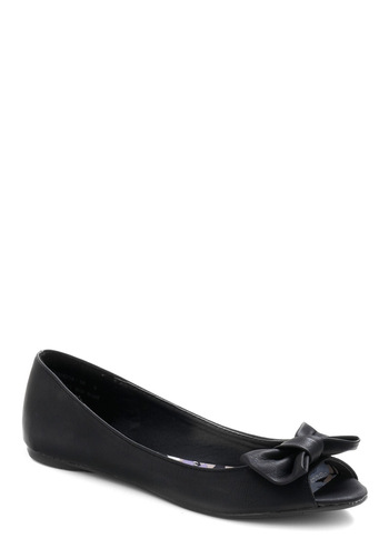 Flat Out Adorable in Bumble - Black, Solid, Cutout, Casual, Spring, Summer