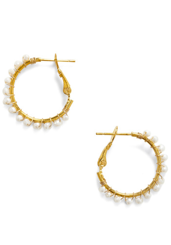 Morning Droplets Earrings - Gold, Pearls, White