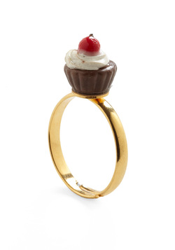 Cupcake Runneth Over Ring