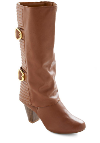 Wasn't Acorn Yesterday Boot - Brown, Gold, Solid, Buckles, Quilted, Winter