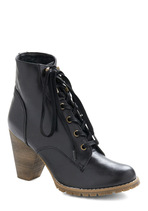 Haute Moves Boot