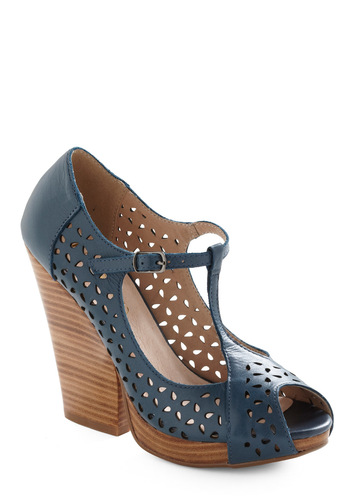 Discover Your Niche Heel - Blue, Buckles, Cutout, Casual, 70s, Brown, Solid