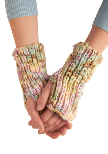 Pastel and Present Gloves - Casual, Multi, Knitted